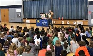 CES students enjoy Poetry in Motion